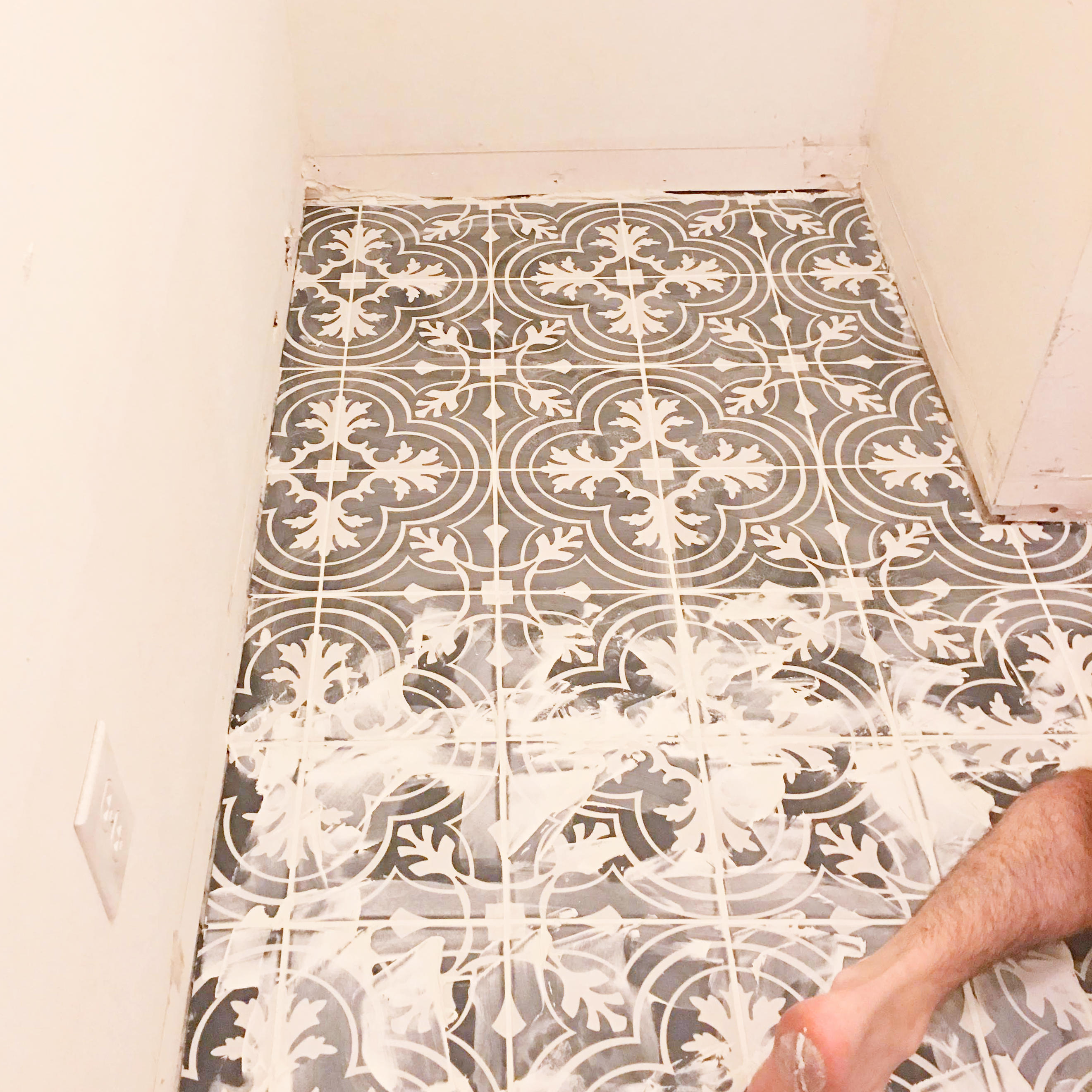 How To Diy Install Floor Tile Building Our Rez