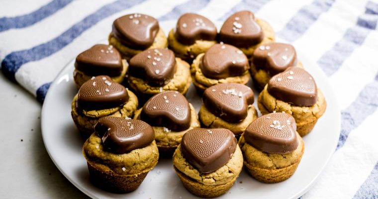 Salted Reese's Peanut Butter Blondie Cups Dessert Recipe