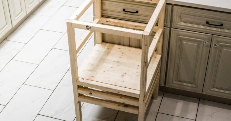 How to Build a DIY Stool Tower Kitchen Helper for Toddlers & Small Children (Plans)